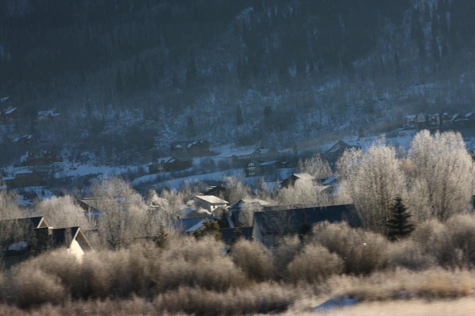 Blue_Cold_frozen_homes